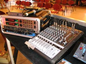 Begeleidding van live improvisatie theater. Locatie Stay Okay Utrechtse heuvelrug. Theater groep 3 in de Pan.